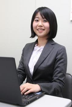 画像140724(山下江法律事務所 弁護士 新名内沙織).jpg
